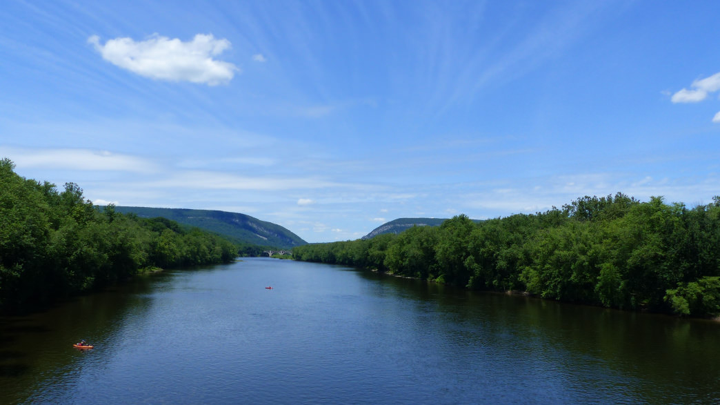 Paddle the Delaware River through the Pocono Mountains