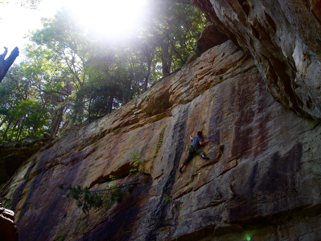 Joe Chalmers climbs Warm-Up Slab, 5.11a, at Little River Canyon's Unshackled Wall.