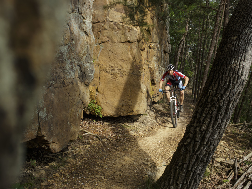 Racoon Mountain Trail System, High Voltage trail. Rider(s) shown: Richie Daigle