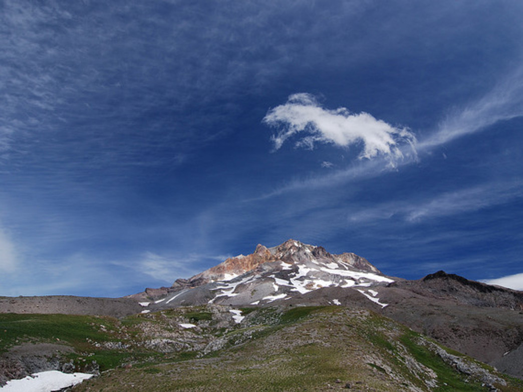 Jefferson Park gives hikers close-up views of Mount Hood.