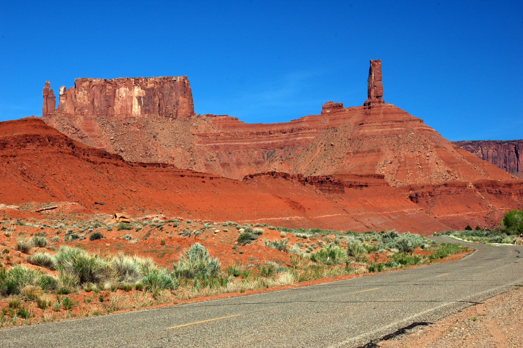 On the La Sal Mountain Loop Road, drive past monolithic sandstone formations such as Castleton Tower.