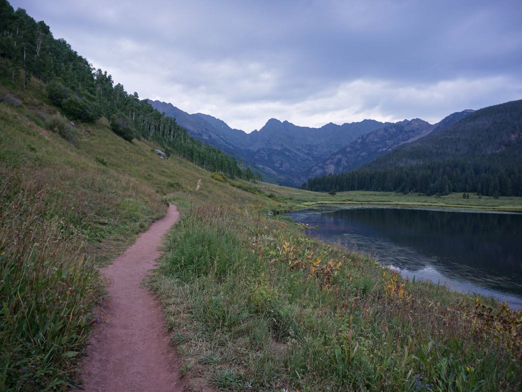 The long and winding trail alongside Vail's Piney Lake.