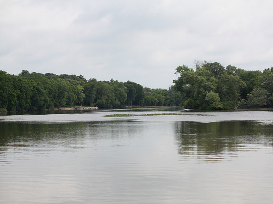 The Fox River Trail is especially scenic between Batavia and St. Charles.