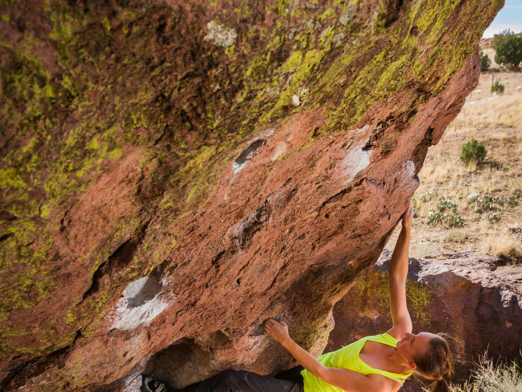 Jamie Stull on Pressure Drop, a V2 in Box Canyon