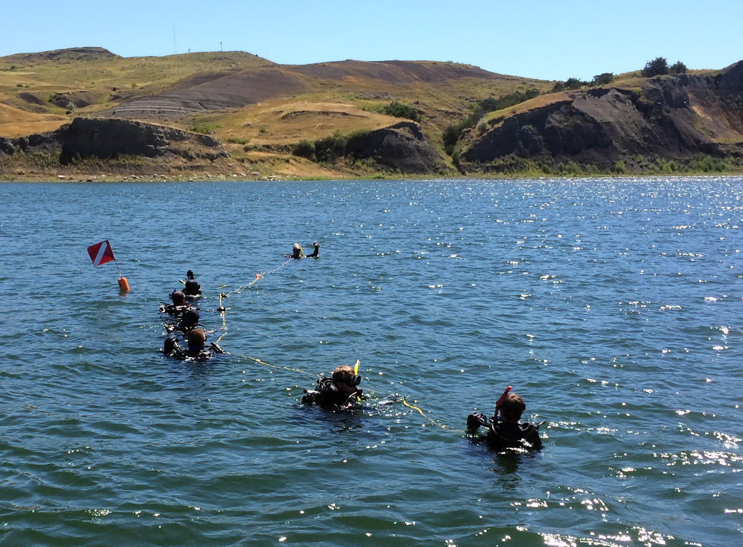 South Dakota features several lakes where scuba diving is possible.