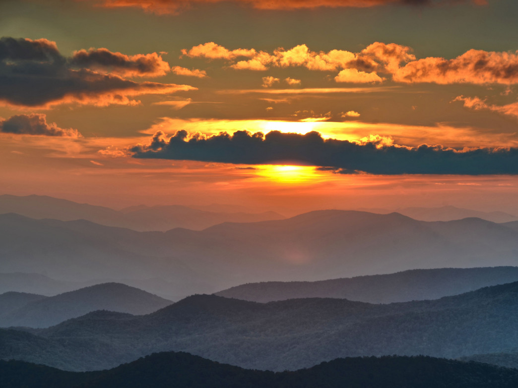 Black Balsam Knob features spectacular sunsets.