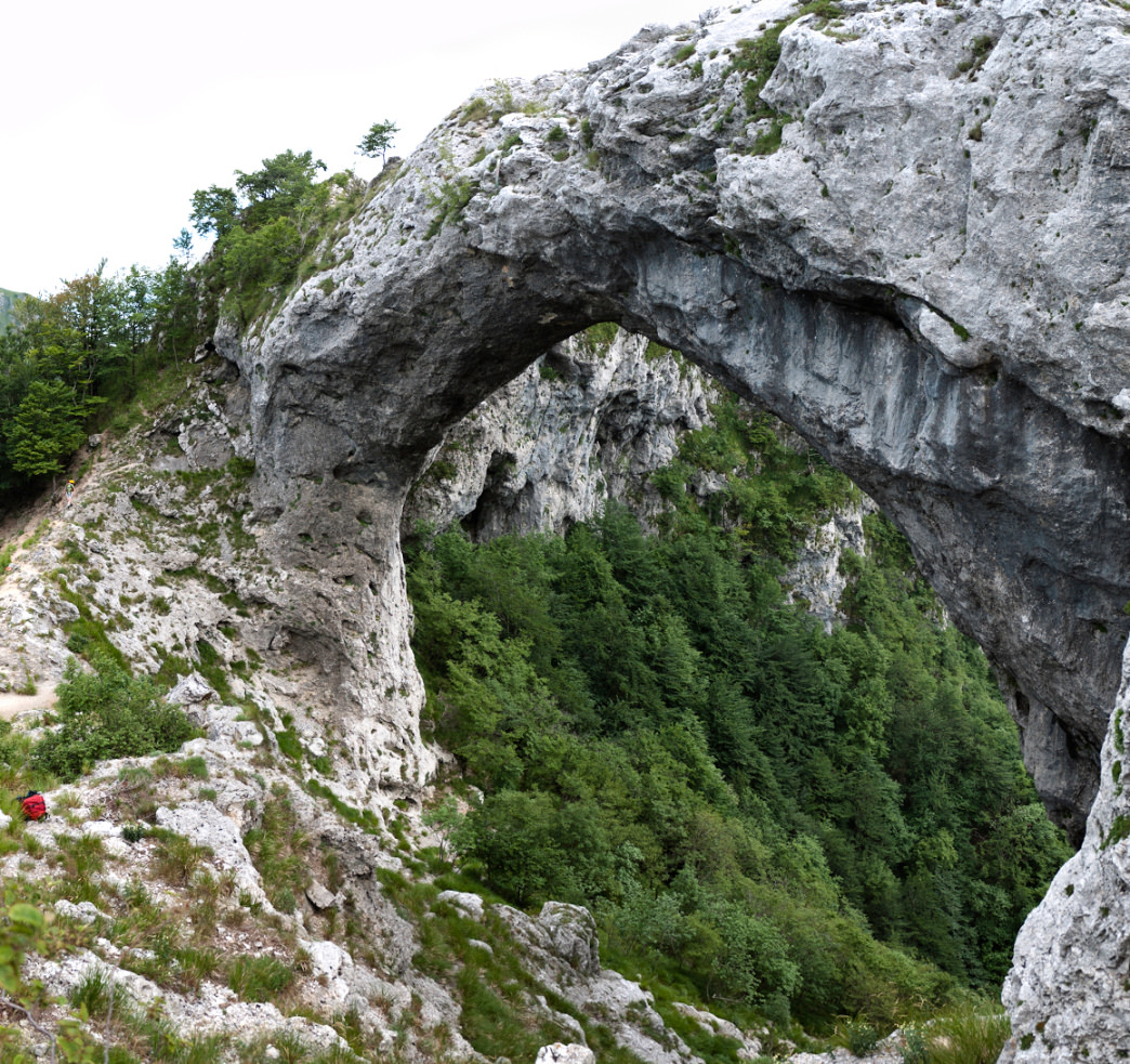 There are few more scenic hikes in the Apuan Alps than the one to the stone arch of Monte Forato.