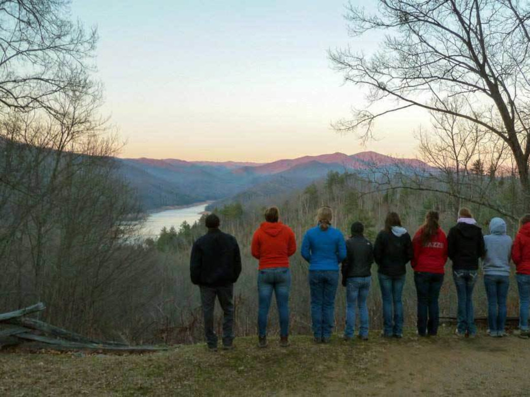 Eastern Michigan spring break crew at Joyce Kilmer National Forest