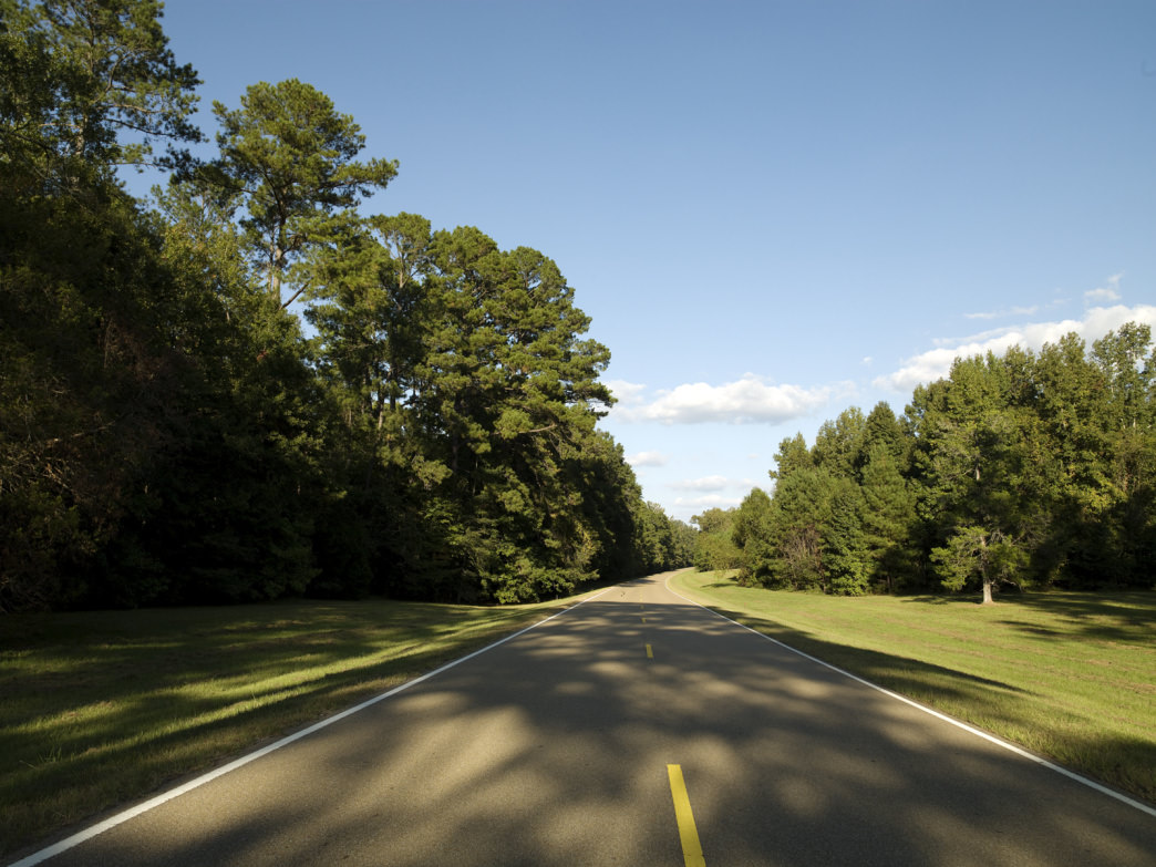 Alabama is home to 33 miles of the Natchez Trace Parkway.