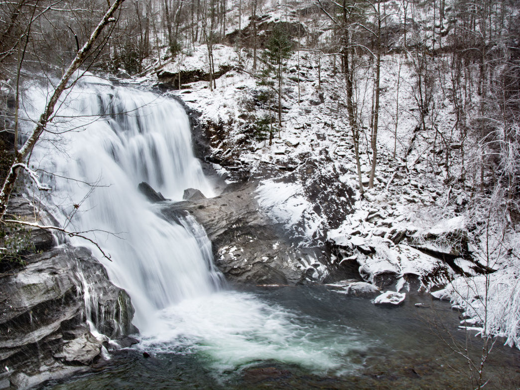 The falls are still flowing (and gorgeous) in the winter.