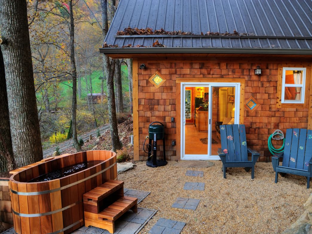5 One Of A Kind Cabins Cottages And Yurts Near Asheville