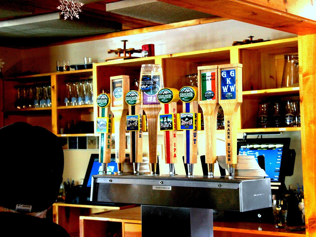 Snake River Brewing offers a wide variety of beers on tap and a full menu.