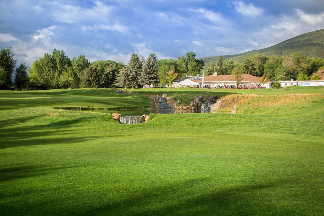Enjoy a day at beautiful Crater Springs Golf Course.