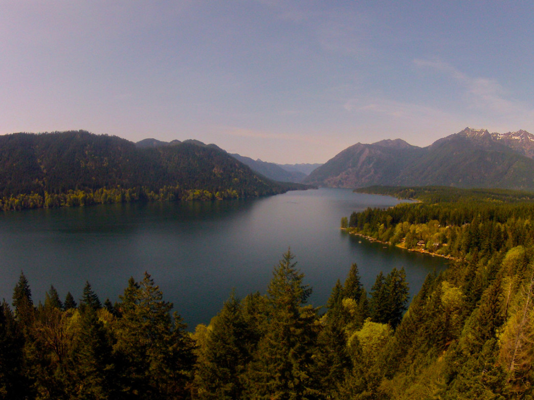 Lake Cushman is a flat water paddler's dream come true