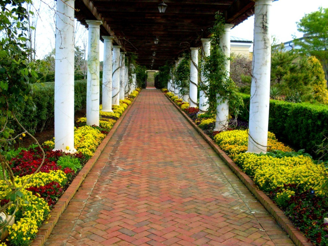 Springtime walkway at Daniel Stowe Botanical Garden