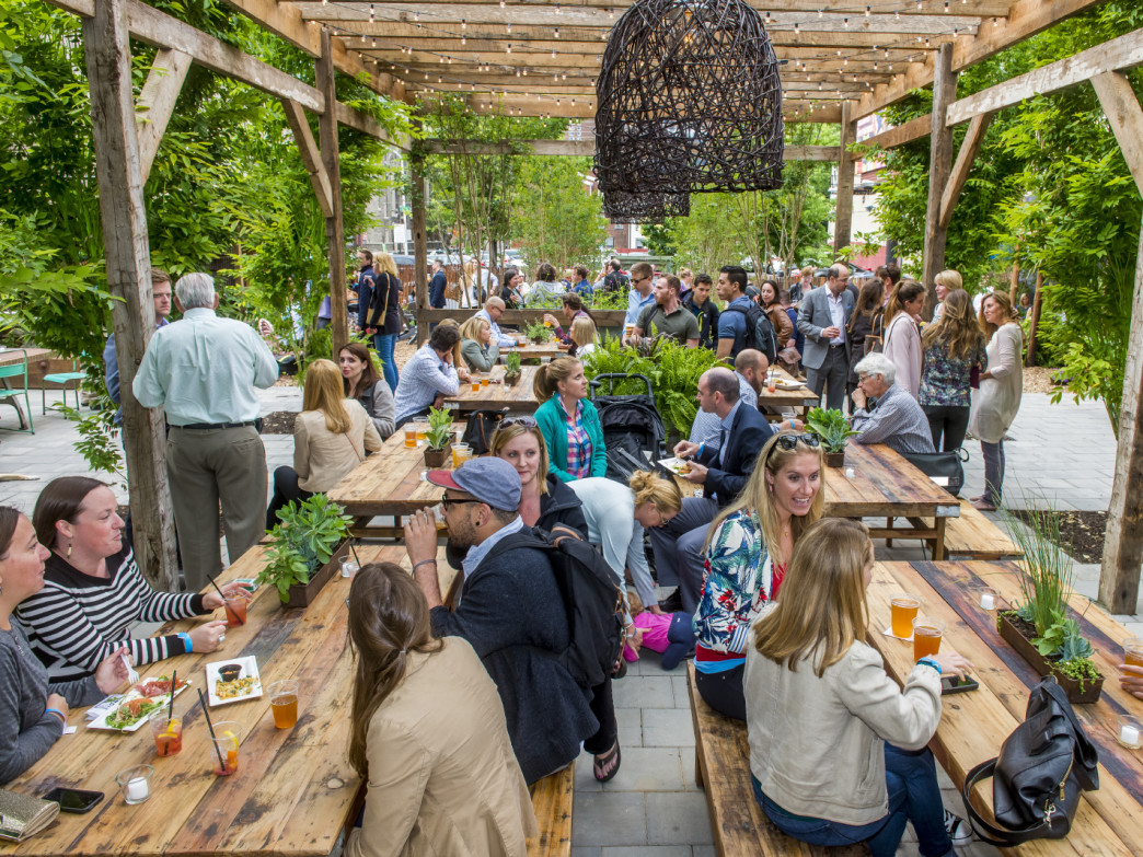 Pennsylvania Horticultural Society hosted pop-up beer garden.