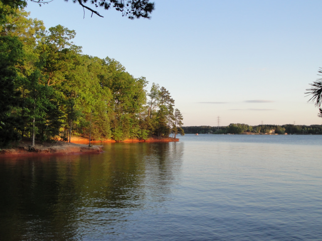 Lake Norman is the perfect place to spend a relaxing day without having to go too far from the city.