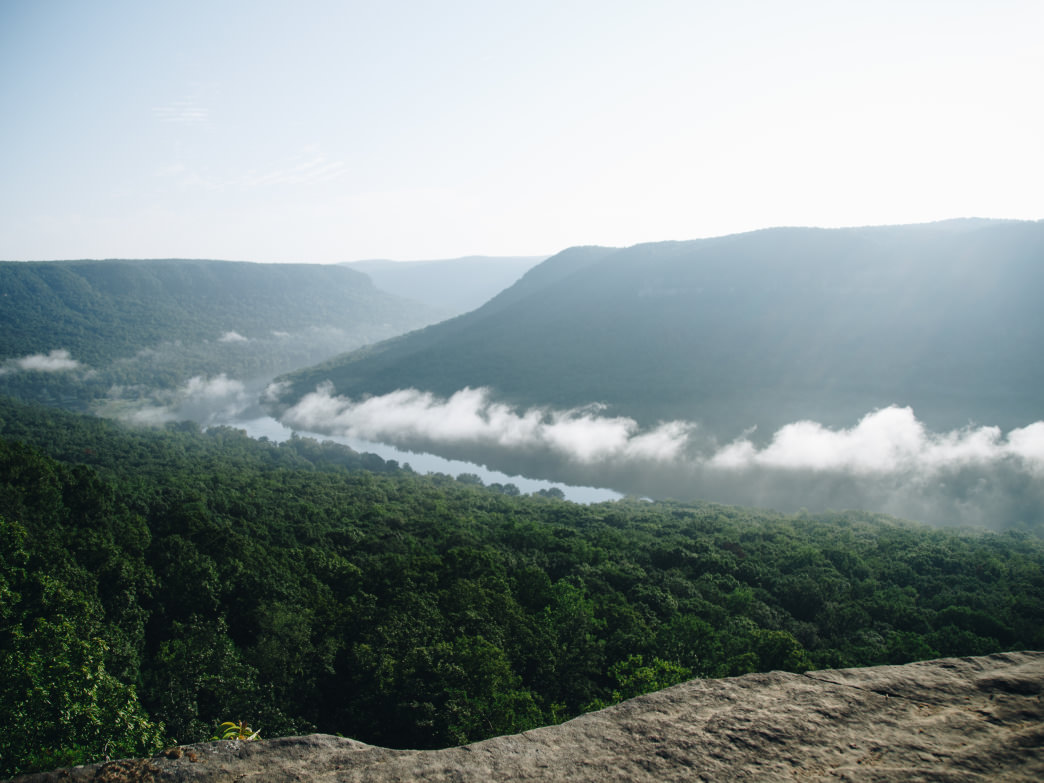 Snoopers Rock is one of the best spots to go for a view of the Tennessee Gorge.