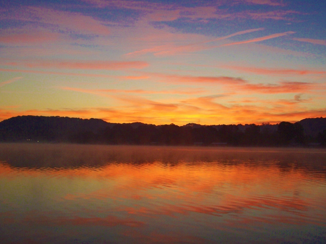 Lake Guntersville State Park features more than 6,000 acres of woodlands.