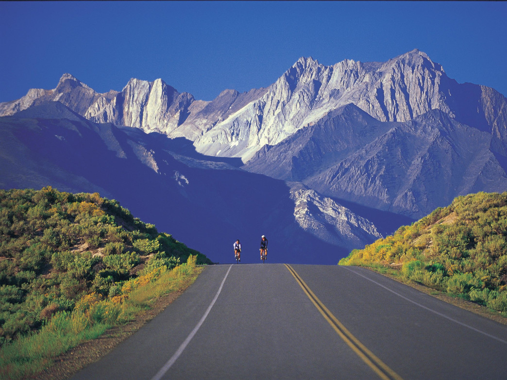 The Mammoth Gran Fondo features sensational scenery in the Eastern Sierra Nevadas.