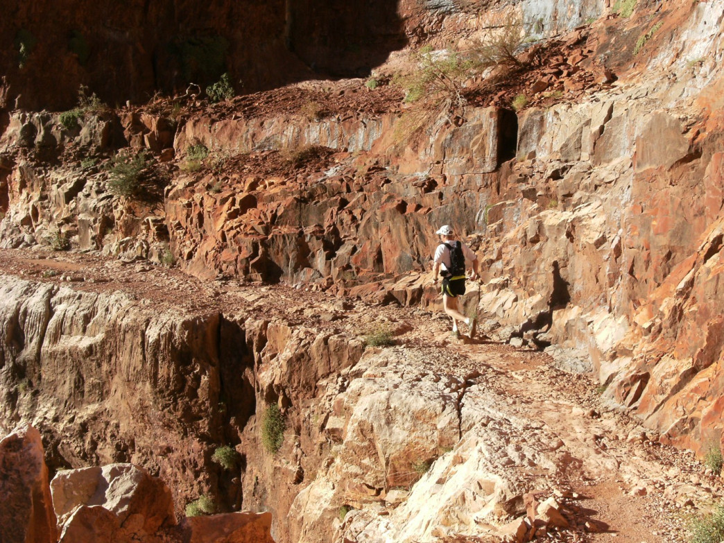Szoradi making his way through the Grand Canyon on a Rim to Rim run.