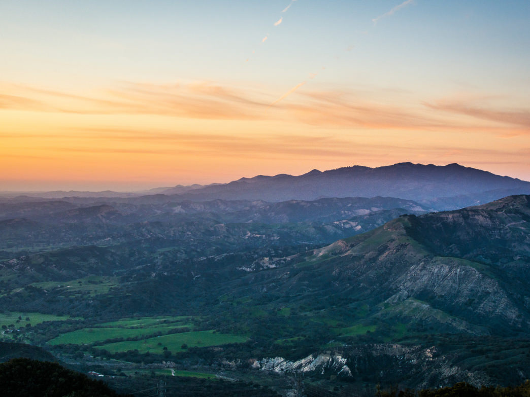 The Snyder Trail in the Santa Barbara foothills offers sweeping views of the Los Padres National Forest.