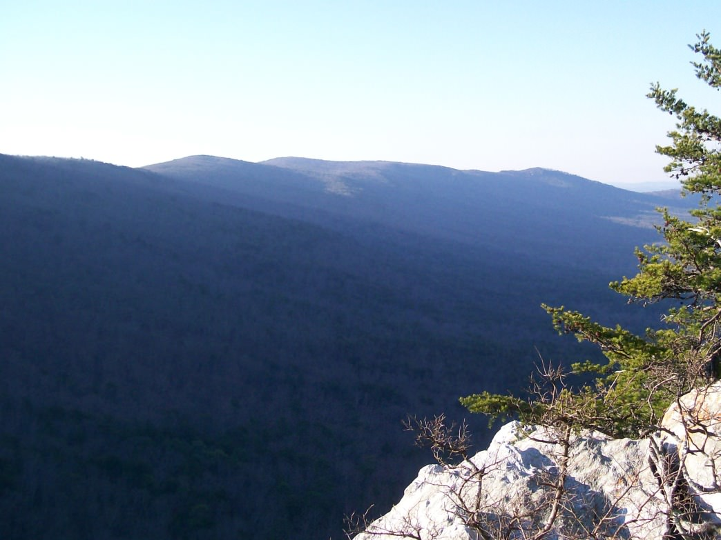 The view from McDill Point at Cheaha State Park.