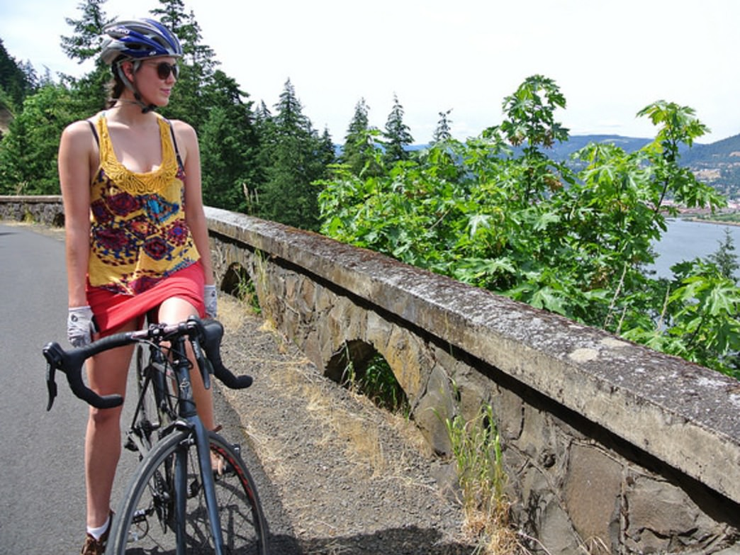 The Hood River to Mosier trail offers stunning videos of the Columbia River Gorge.
