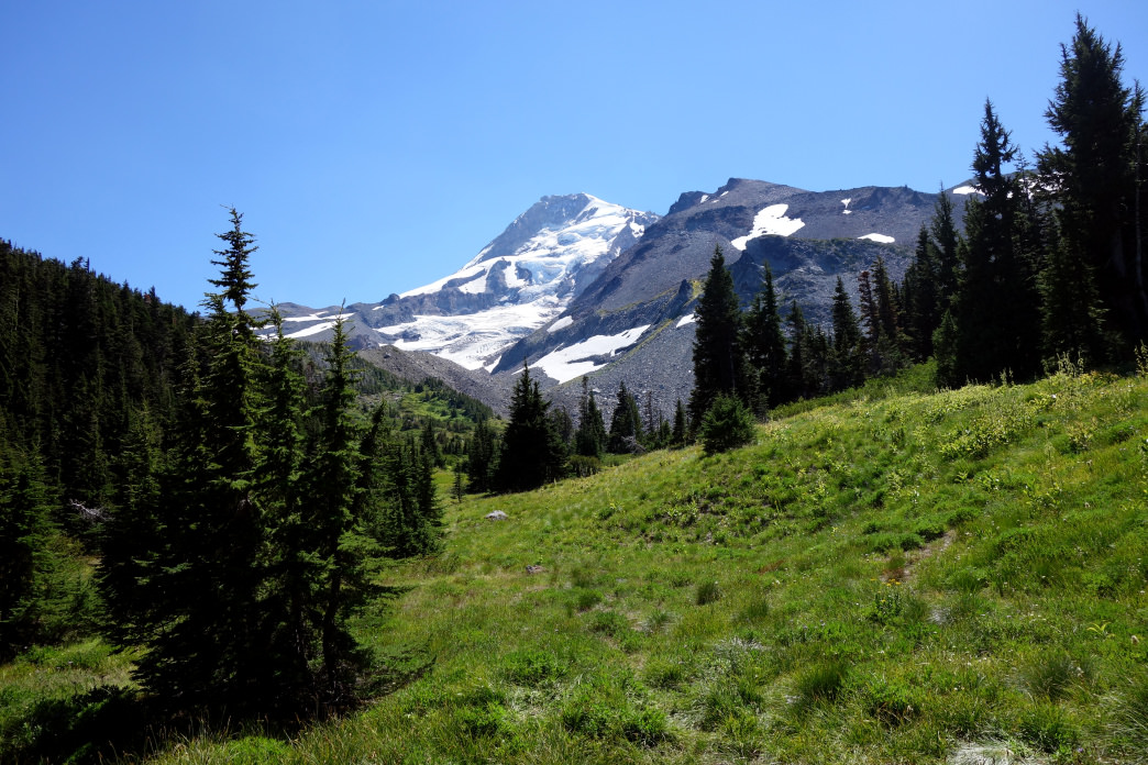 The best season for a thru-hike of the Timberline Trail is July through October.     Laura Lancaster
