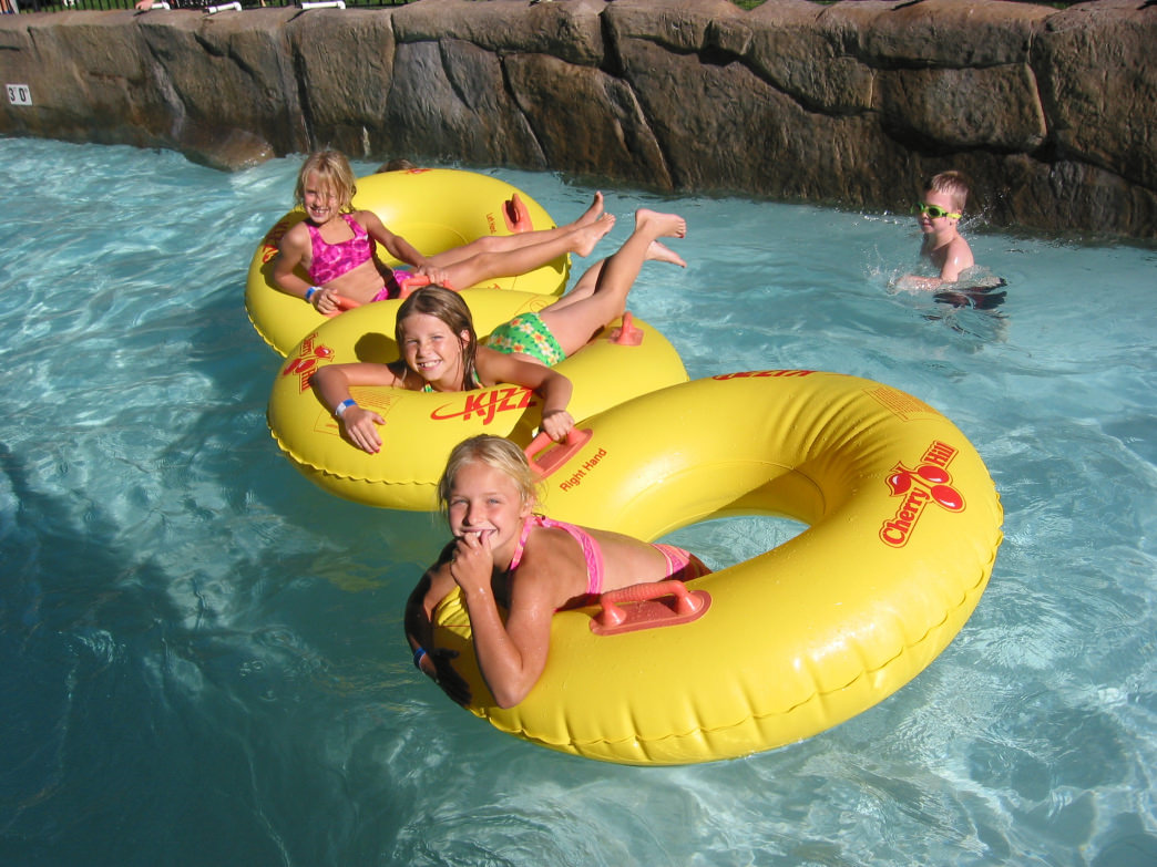 The kids will love Cherry Hill's collection of water slides, kiddie pools, and lazy rivers.