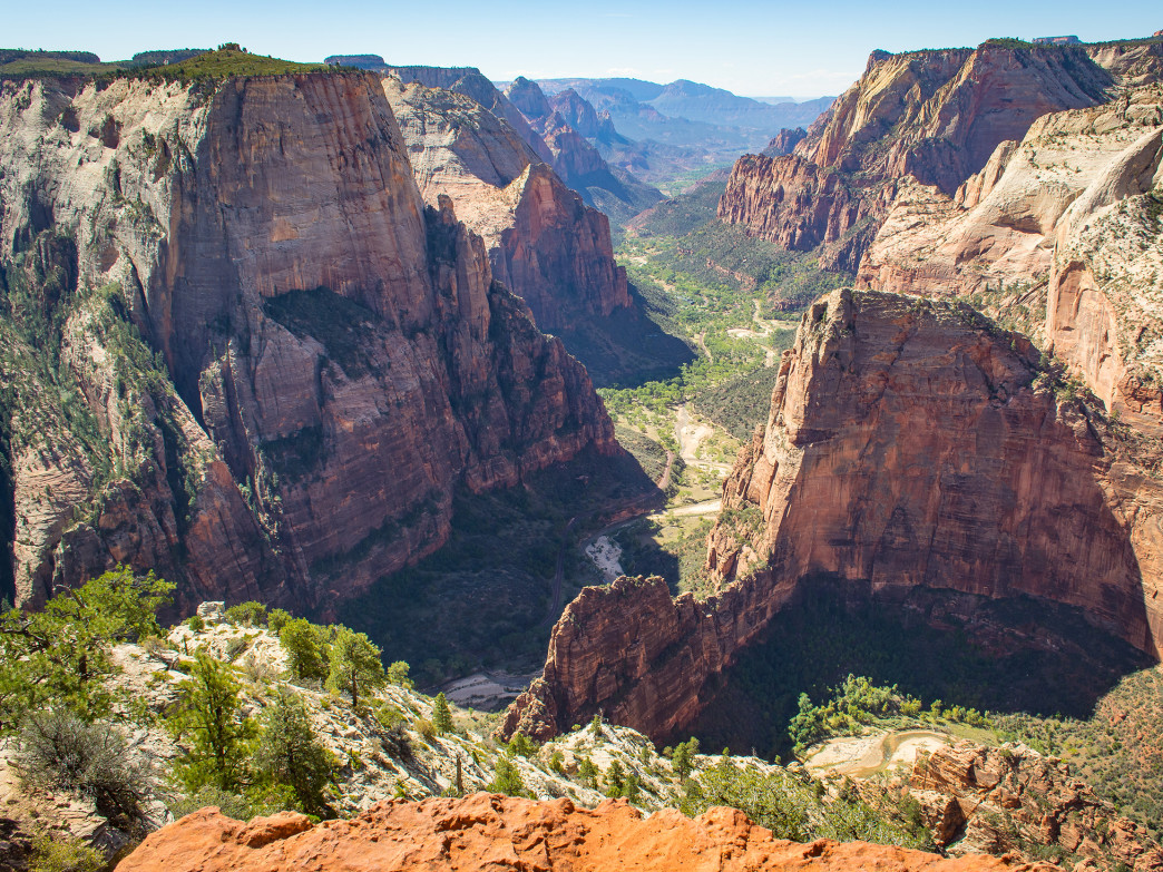 Angels Landing observation point.