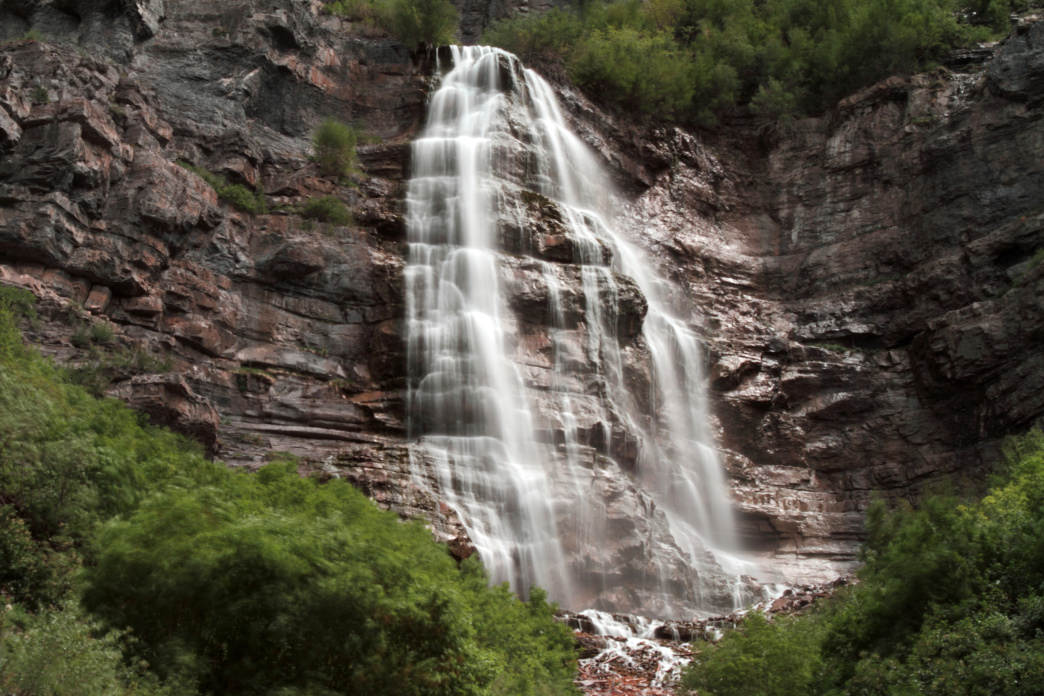 The 1.5-mile hike to Bridal Veil Falls is manageable for most kids—and the views are well worth it.