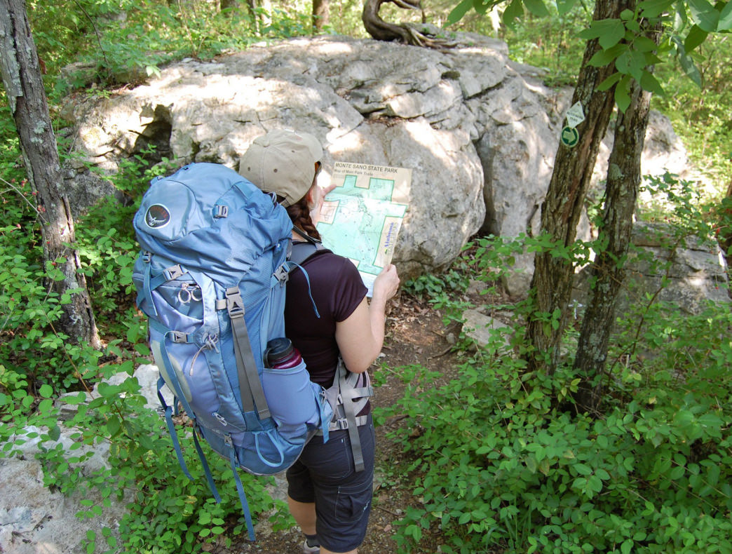 e5c3e92496c5 How to Choose the Right Backpack  Insider Tips