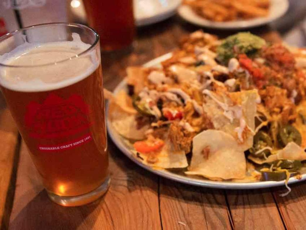 Recovery food 101: Post-ride nachos and beer at Red Hook Brewery