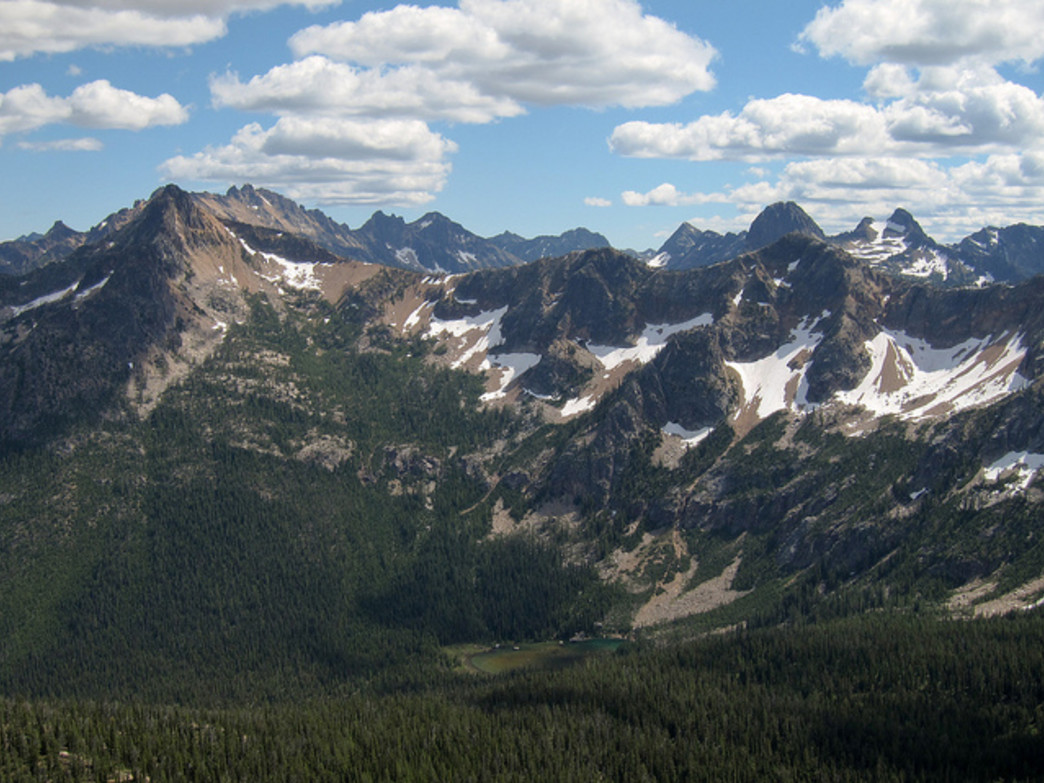 You'll enjoy 360 degree mountain views from the top of Cutthroat Pass.