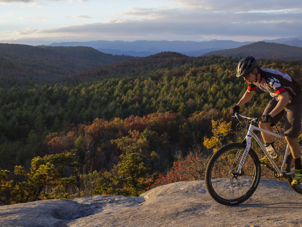 DuPont State Forest - Mountain Biking on map of nc arboretum, map of pisgah national forest, map of mount mitchell, map of dupont state forest, map of transylvania county, map of blue ridge parkway, map of chimney rock, map of mount pisgah, map wa state park, map of grandfather mountain,