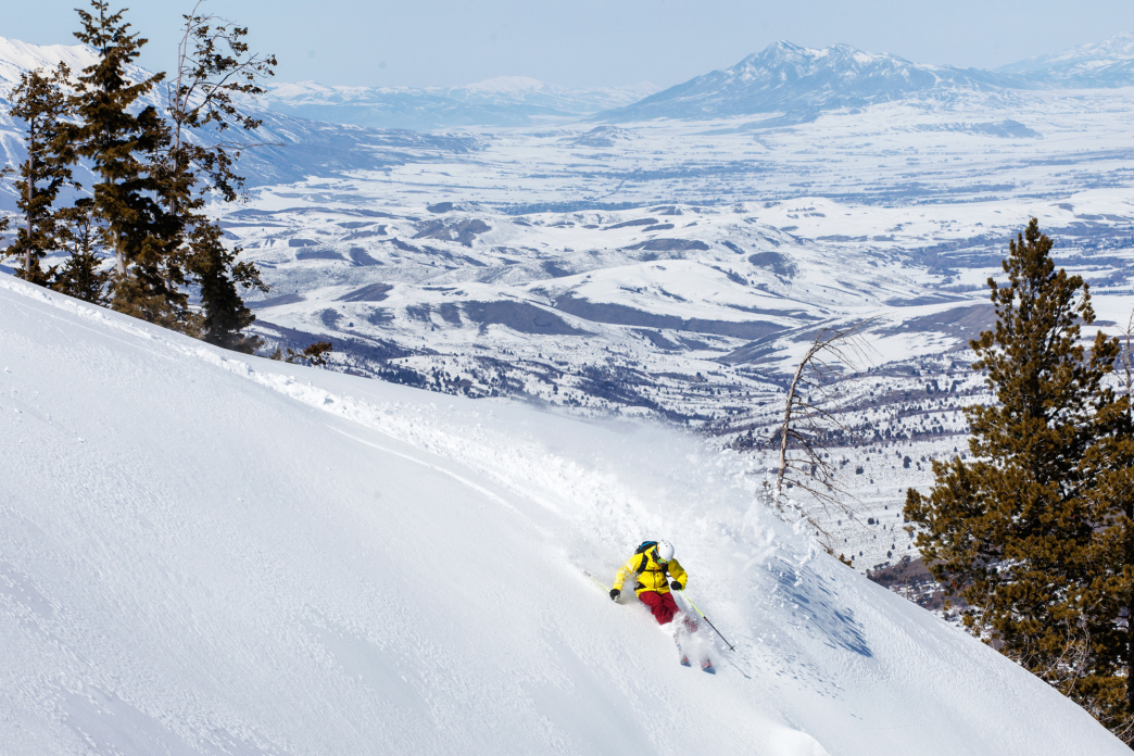 Insider S Guide To Sidecountry Skiing At Powder Mountain