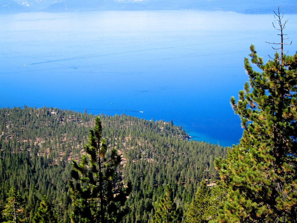 Looking out a the beautiful blue waters atop the Flume Trail.