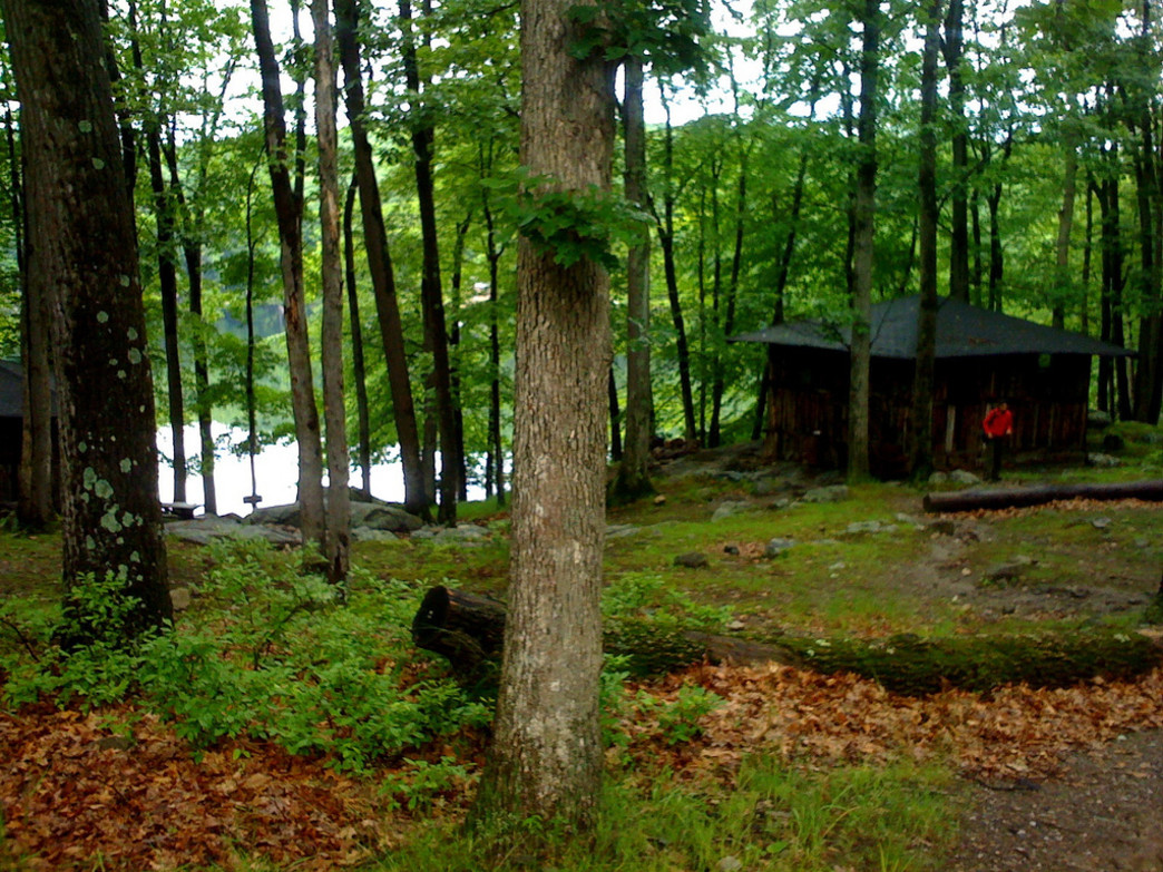 For those who plan to stay the night, Harriman State Park offers some prime lakeside cabins.