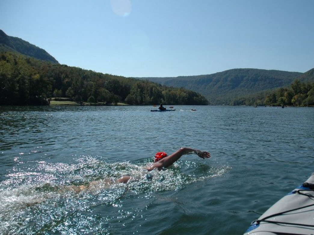 Swimming through the Tennessee River Gorge on a beautiful bluebird day