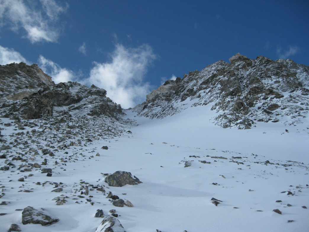 An inviting line on the Goatfinger Couloir on Mount Edwards.