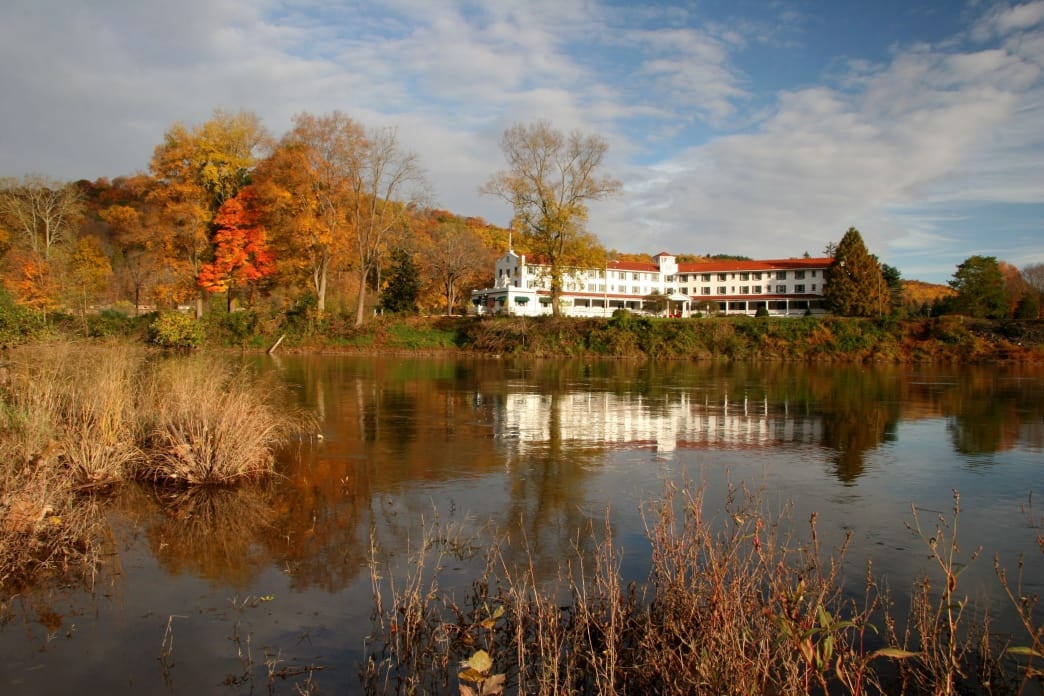 The Shawnee Inn and Golf Resort