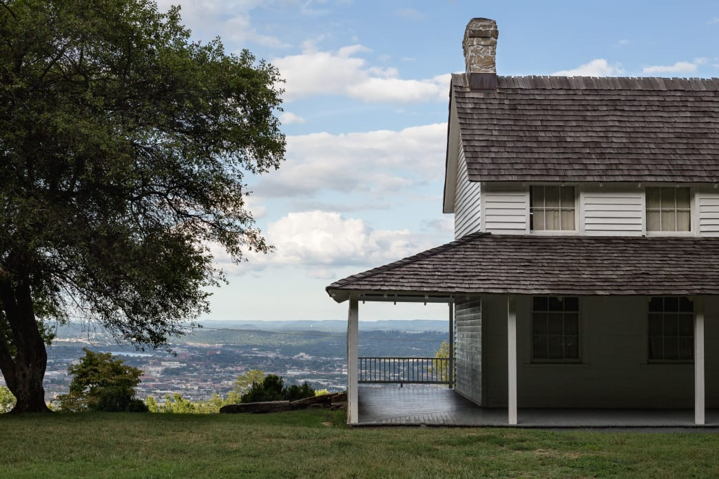 Cravens House is the only remaining Civil War structure on Lookout Mountain. Hikers will be rewarded with incredible views of the city from the surrounding trails.