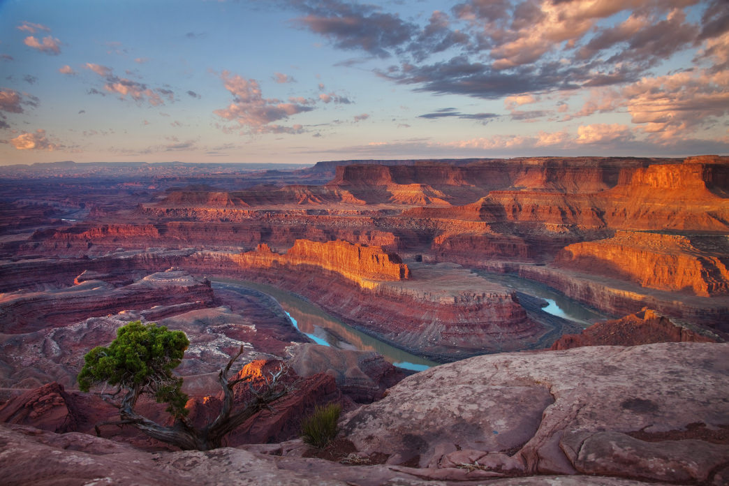 The last few miles of Dead Horse Point Scenic Byway crosses Dead Horse Point State Park, which features one of the most stunning overlooks in the state.