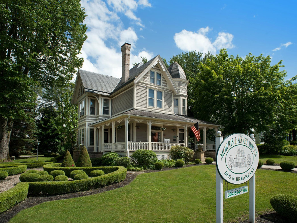 All of the B&Bs on our list are located near the state's best outdoor spots.
