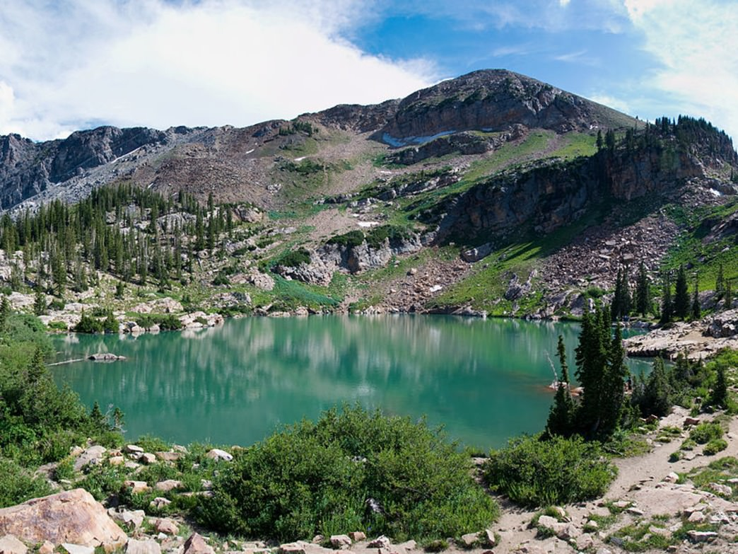 Cecret Lake panorama