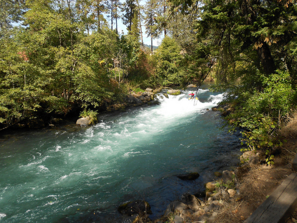 The White Salmon River is popular with rafters and paddlers alike for its challenging rapids.