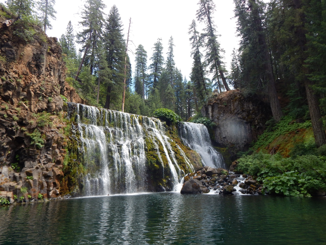 The largest of the waterfalls, Middle Falls features a large swimming hole if you can brave the chilly water.