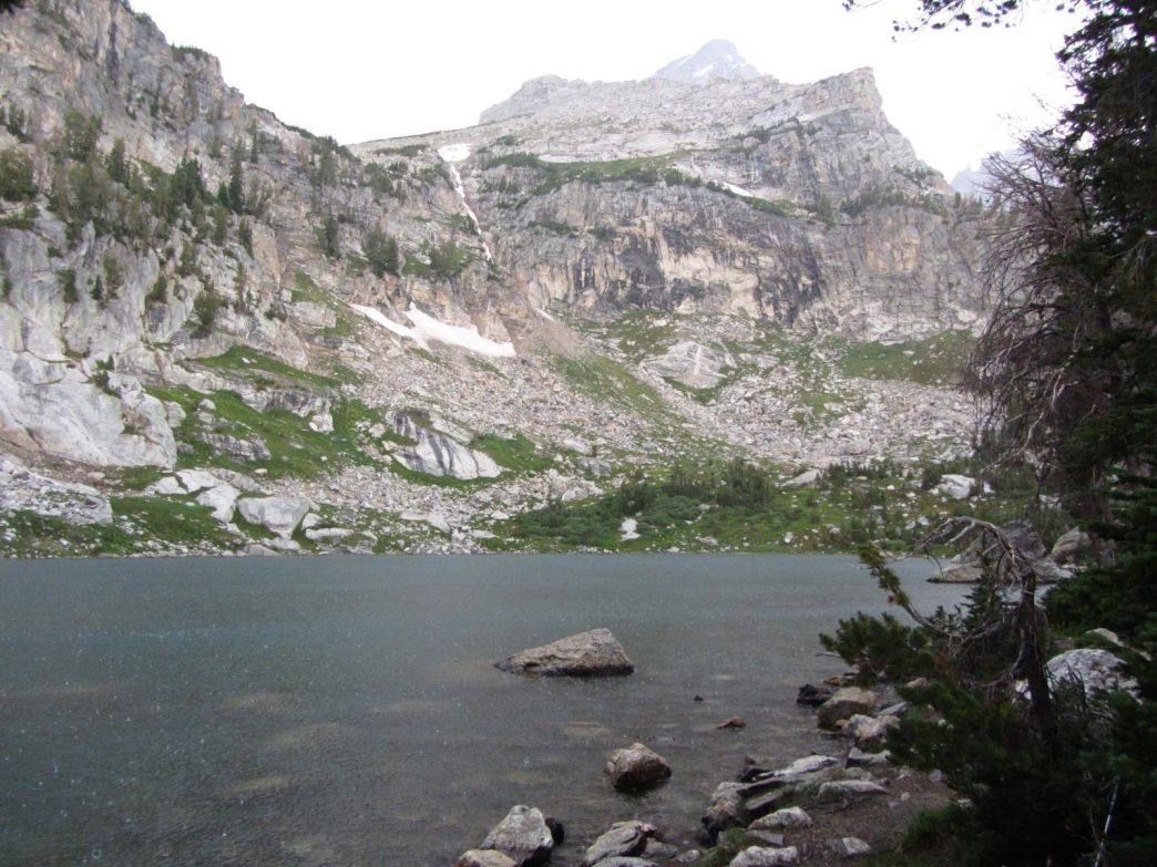 Wood Mountain Elevation : Surprise and amphitheater lakes trail running