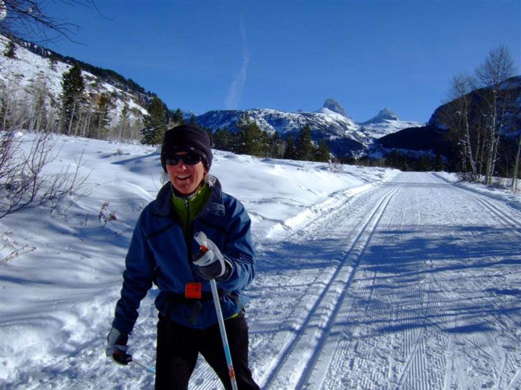 Cross country skiing in Granite Canyon